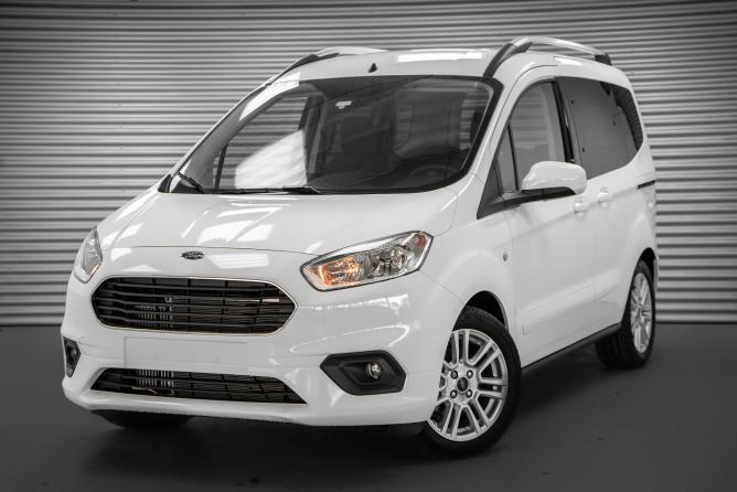 Ford Tourneo Courier Eu Neuwagen Gunstig Als Reimport Kaufen